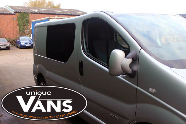 Renault-Trafic-Vauxhall-Vivaro-Leisure-Vehicle-Windows-Privacy-Bonded-Glass.jpg