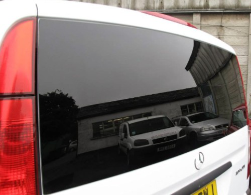 mercedes-vito-privacy-tailgate_2019-01-28-18-02-57.jpg