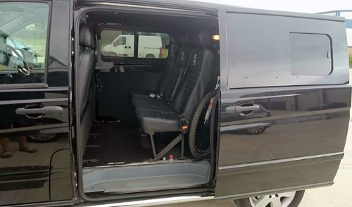 mercedes-vito-van-conversion-side-door-windows-privacy-glass_2019-01-28-18-04-39.jpg